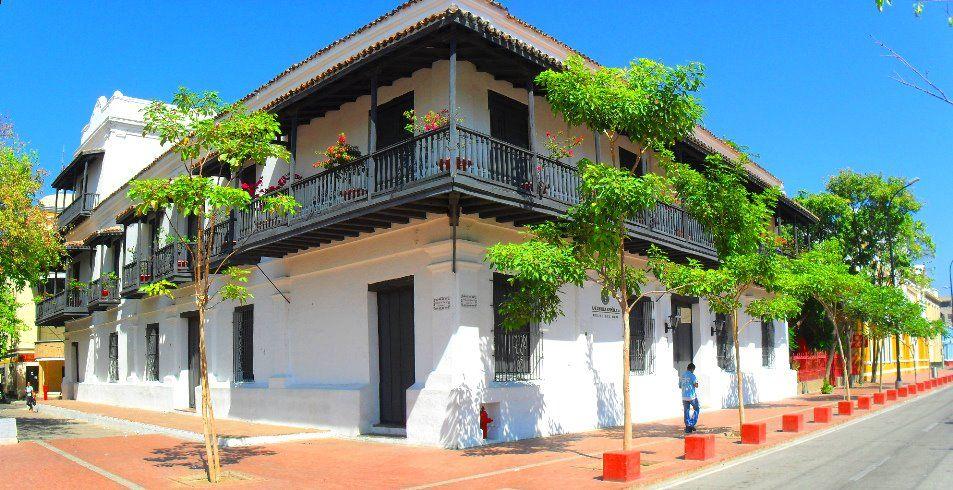 8 Mejores zonas para pasar la noche en Colombia