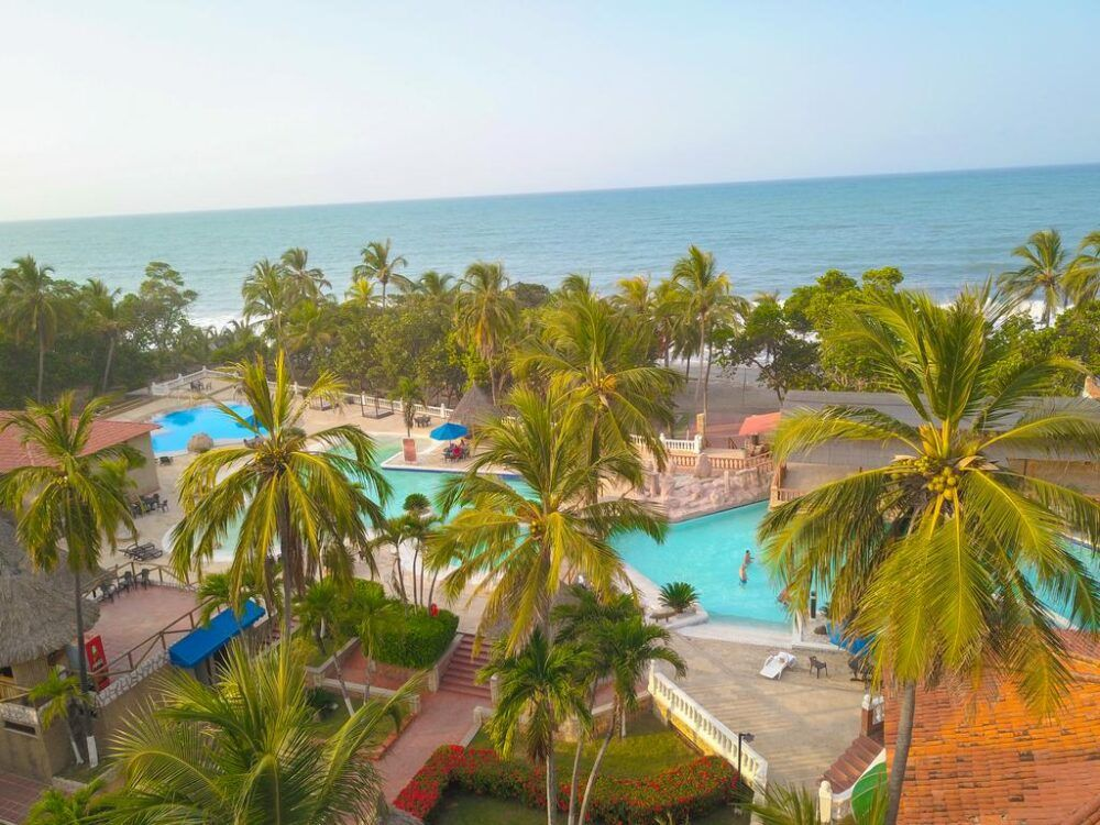 Resort Colombia booking