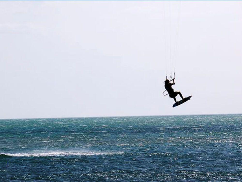 Hacer kite surf en Colombia