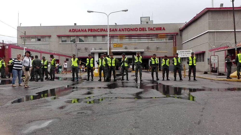 Tarifas extra en la aduana de Colombia