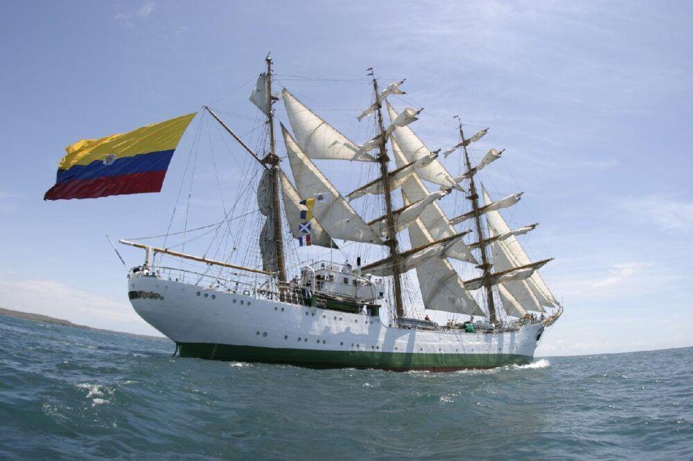 Colombia en catamarán o barco
