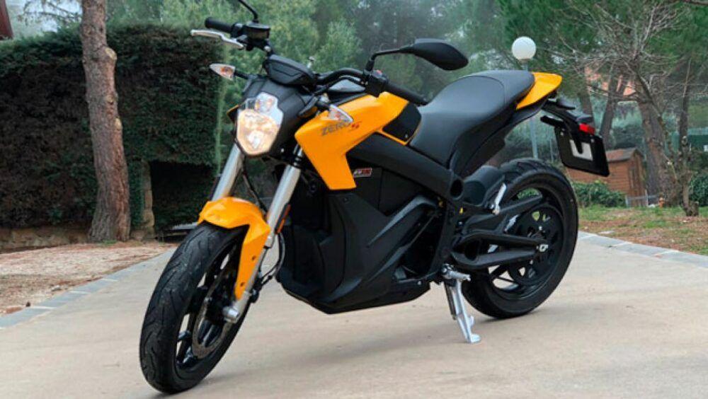 Alquiler de moto Colombia