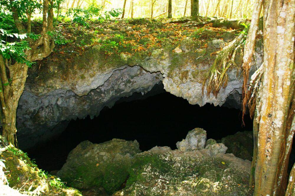 Cómo llegar a MorganS Cave, Colombia